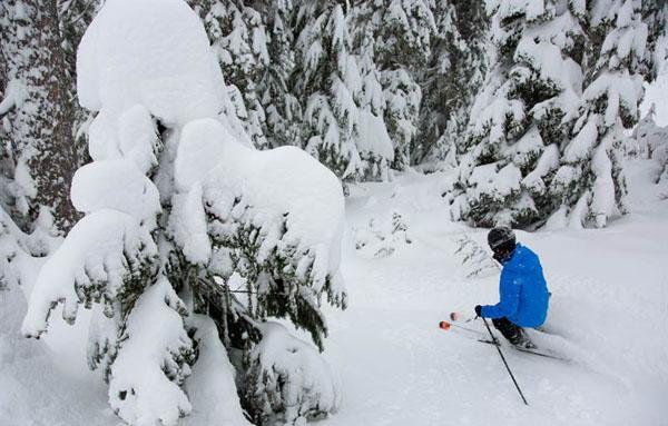 The Best Resorts for Early Season Skiing | Welove2ski