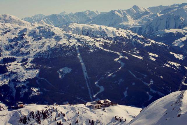 Angels and Jägerbombs: Six of the Best Après-Ski Bars in Austria's Tirol | Welove2ski