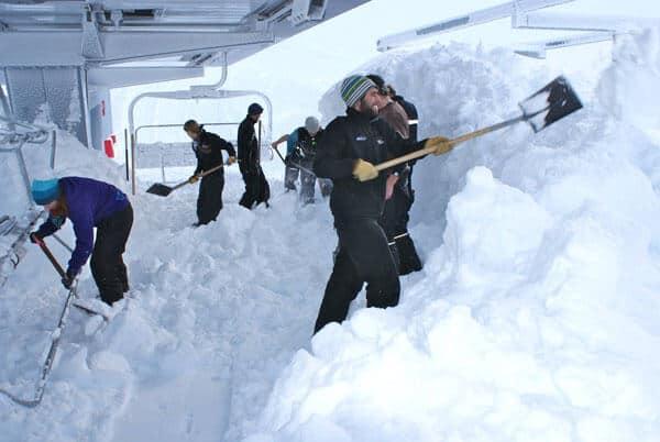 New Zealand Ski Area Gets Record-Breaking Snowfall | Welove2ski