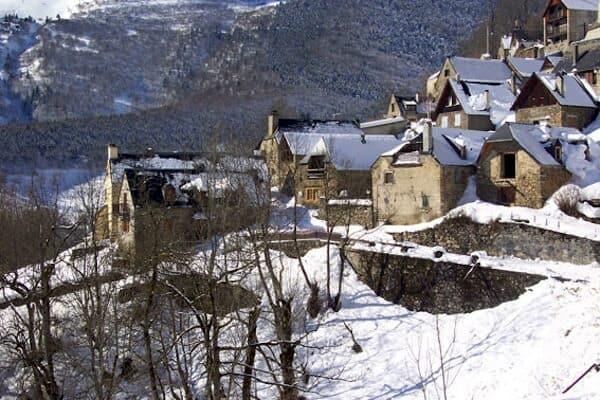 Saint-Lary, France | Welove2ski